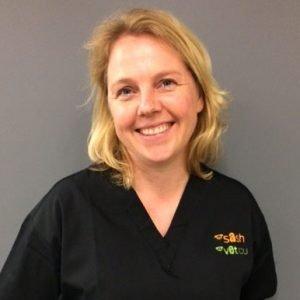 Dr Katharina Flatz